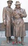В Киеве установили памятник Жеглову и Шарапову