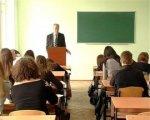 Гоголя и Пушкина надо читать по-русски: Олесь Бузина о реформе образования